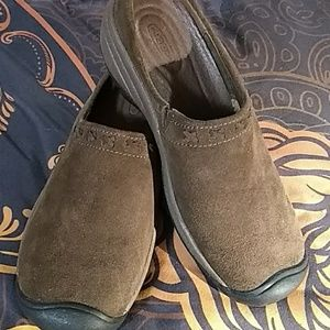 Keen Brown Suede Slides Mules Women's 9